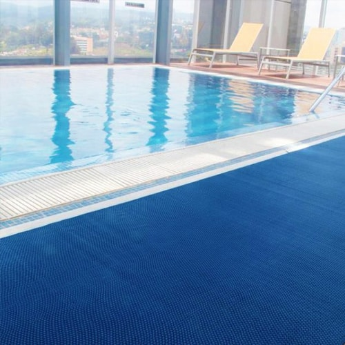 Vestuarios - Alfombras de piscina