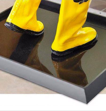 Boot dip mats. Footwear sanitizing mats